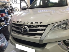 TOYOTA FORTUNER 2017 dán chữ DISCOVERY