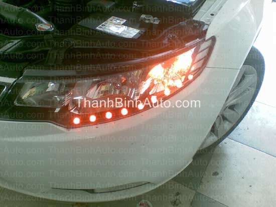 Đèn pha độ LED nhiều kiểu